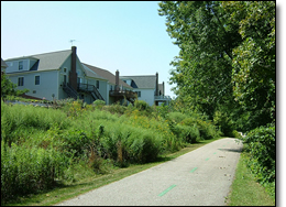 Houses along the trail.